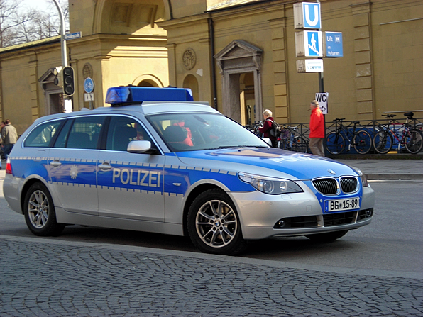 110: German police car make over
