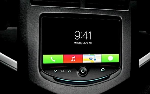 iOS im Auto erweitert iOS 7 Ikonen und platzierte sie in Rechtecken.